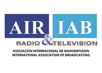 BRASIL – FM EN EL SMARTPHONE, OTRA VICTORIA PARA LA RADIO.